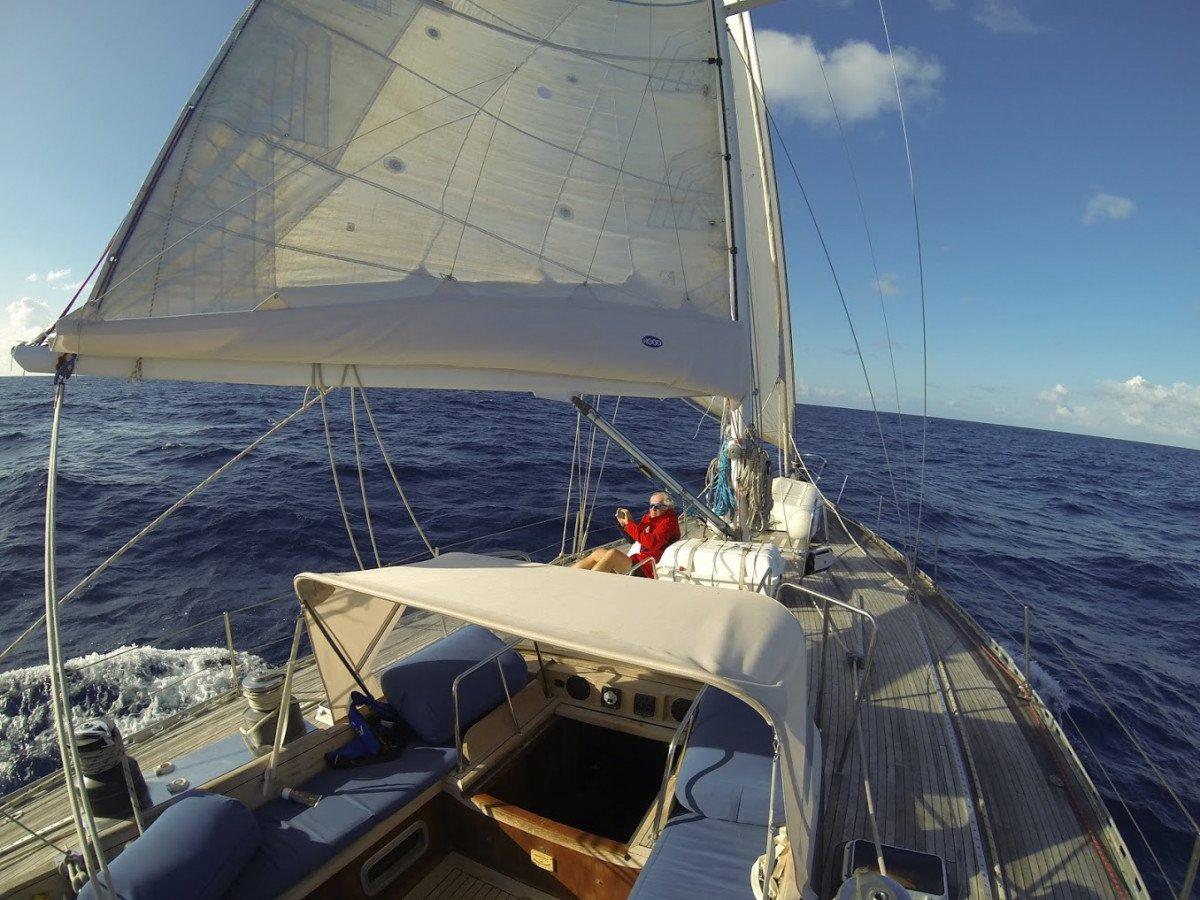 Vacaciones en velero por Ibiza con salida en Valencia (velero de 53 pies)