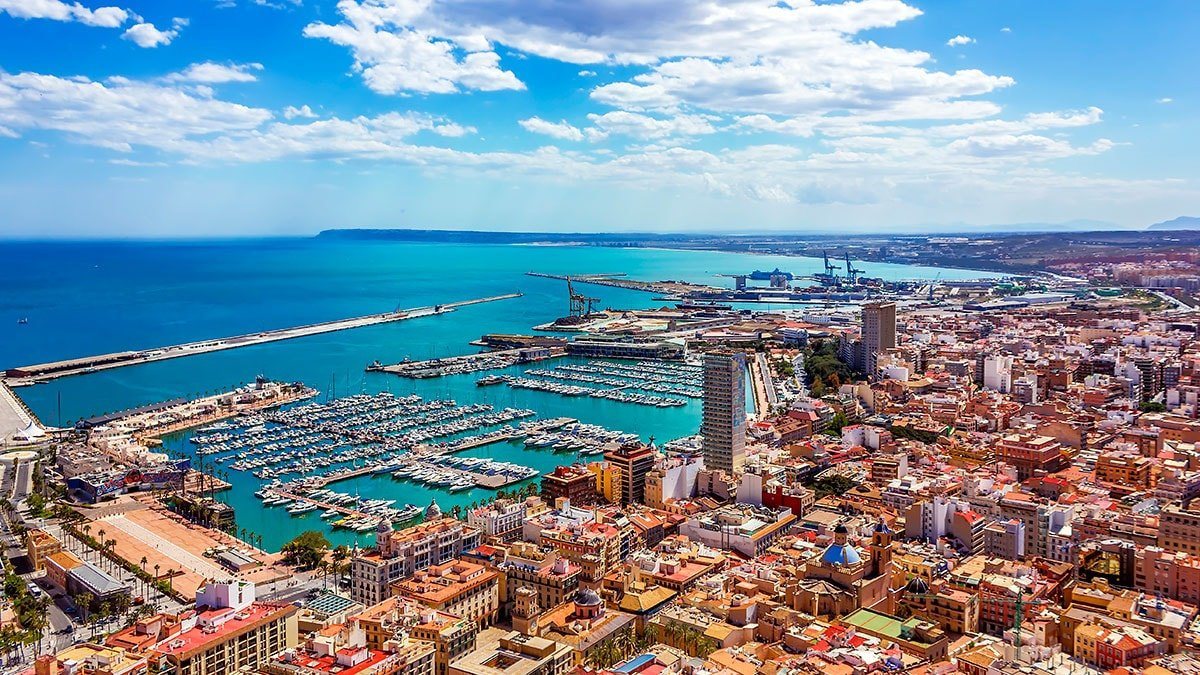 Four-day sailing cruise from Alicante to Cadiz