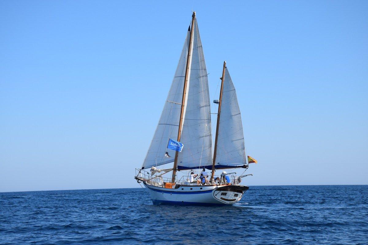 Prácticas de Navegación y Radio PER en Alicante
