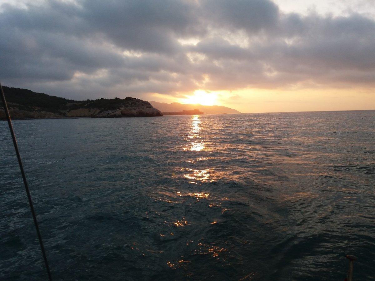 Salida y Puesta del Sol por Vilanova y Sitges..