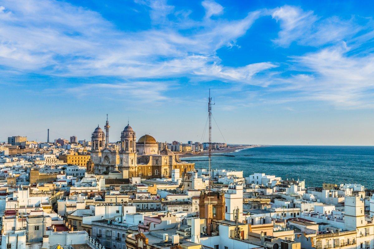 Travesía de 4 días a vela entre Cádiz y Alicante