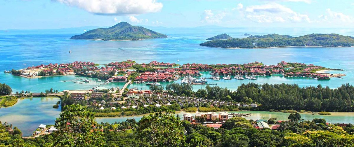 Flotilla holiday in the Seychelles islands for 10 days