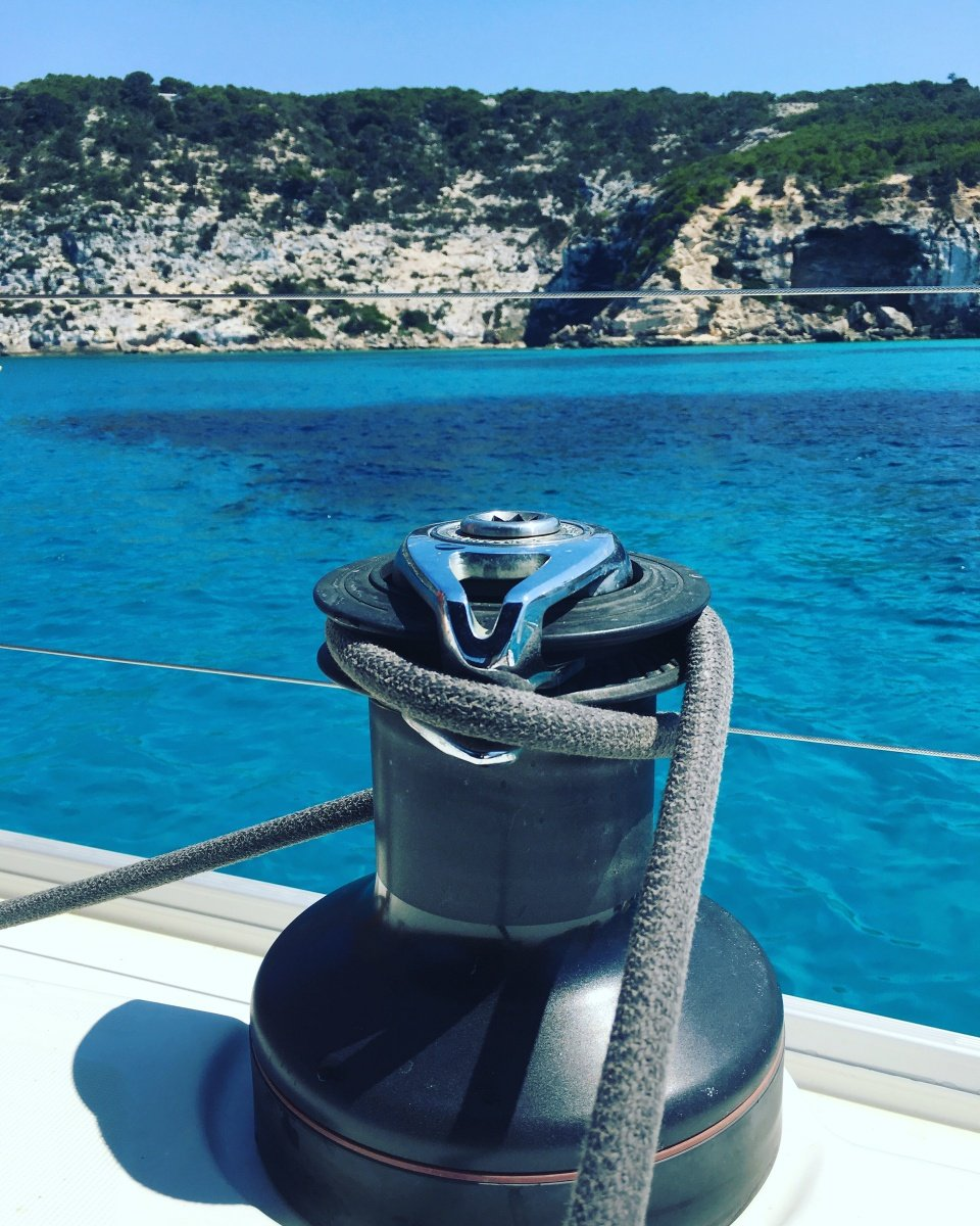 Prácticas de vela+ampliación PER, en travesía Denia-Ibiza