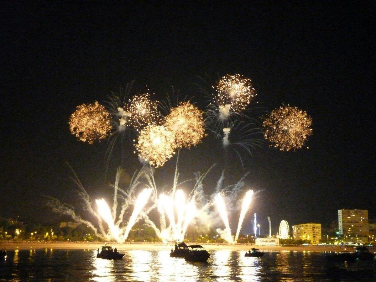Fuegos artificiales ,Fiestas de San Bernabé, Marbella