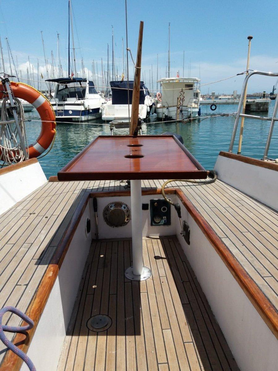 Salidas por Vilanova y Sitges..navegar y baño