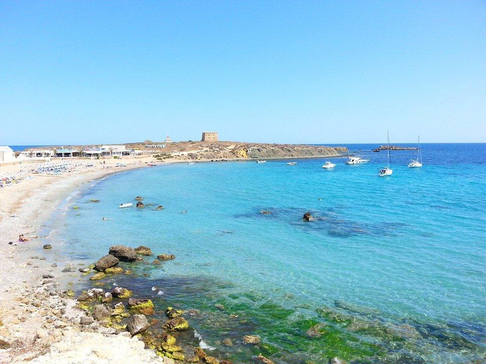 Descubre la isla de Tabarca desde Santa Pola