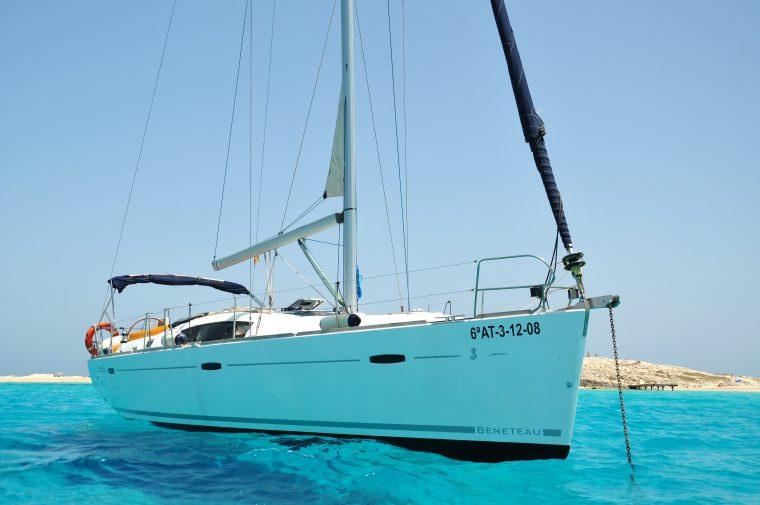 Salida a navegar desde Castellón
