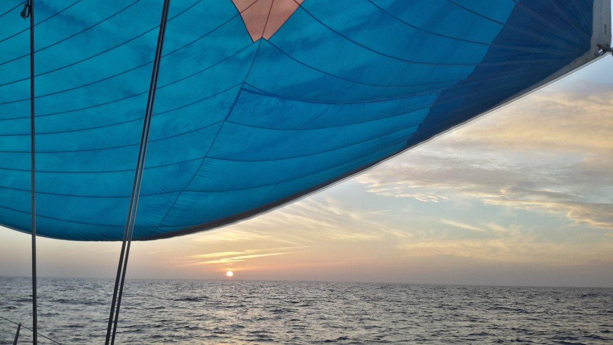Semana a vela por las Islas y acantilados del Algarve