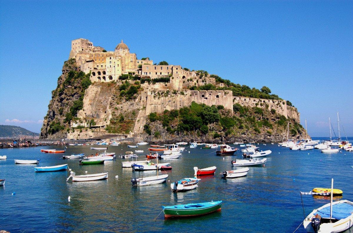 Vacaciones en velero de Nápoles a Milazzo