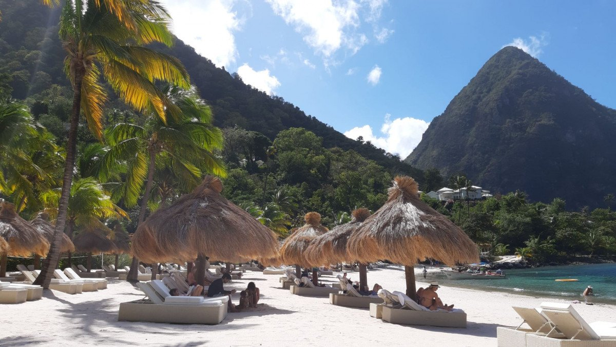 Charter en el Caribe! Martinica a Santa Lucia