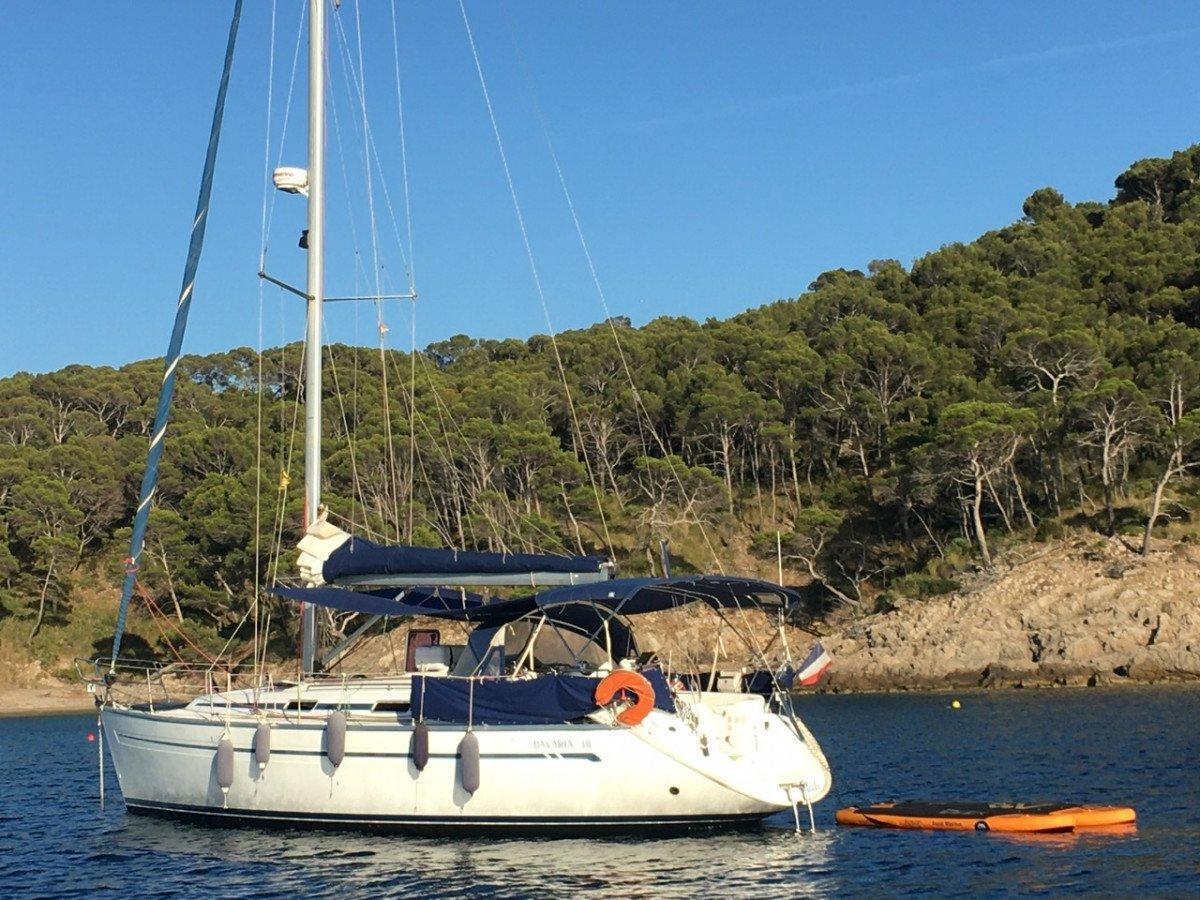 Rumbo a la luz en Menorca - Semana de navegación en velero con mindfulness.