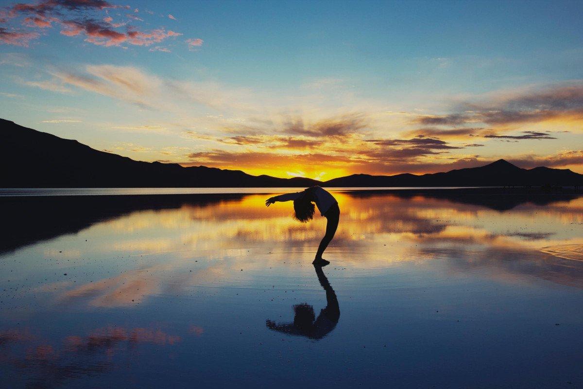 Una semana en velero y yoga recorriendo calas por toda la Costa Brava desde BCN