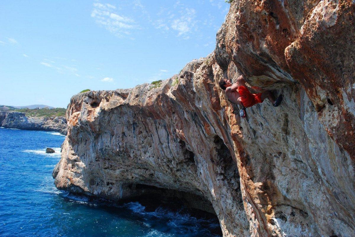 Viaje en velero y escalada de psicobloc y yoga a Mallorca (8 días)