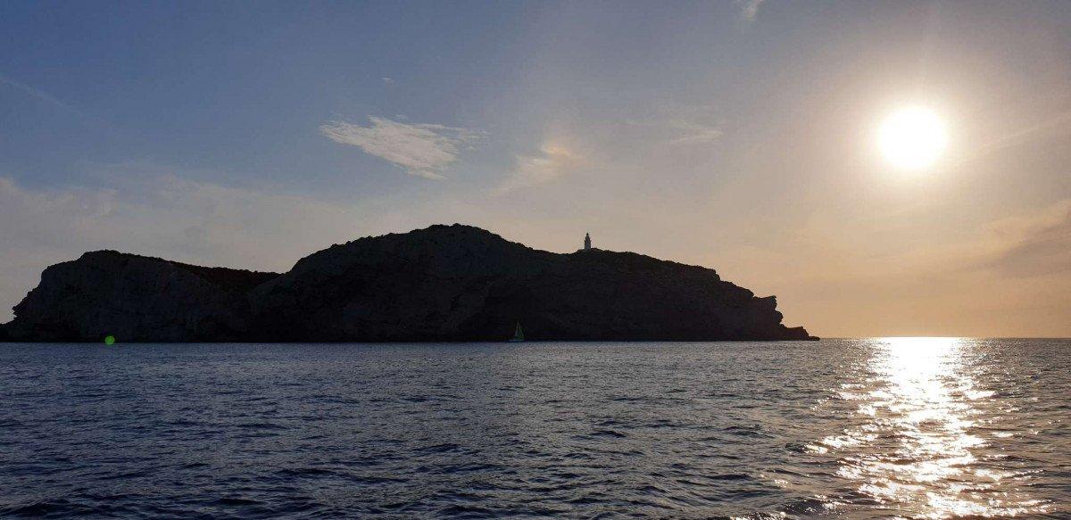 Navega a Ibiza desde Málaga durante una semana
