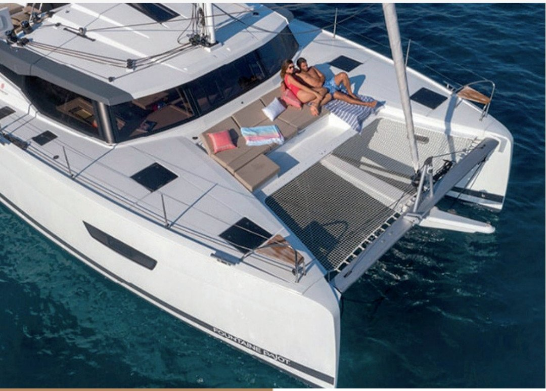 Alquiler de catamarán en Ibiza durante una semana