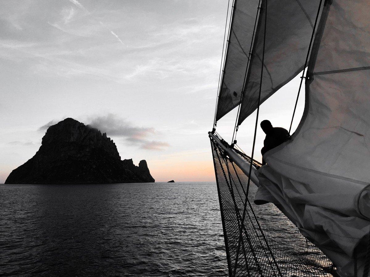 Travesía en un precioso bergantín-goleta desde Valencia a Ibiza y Formentera