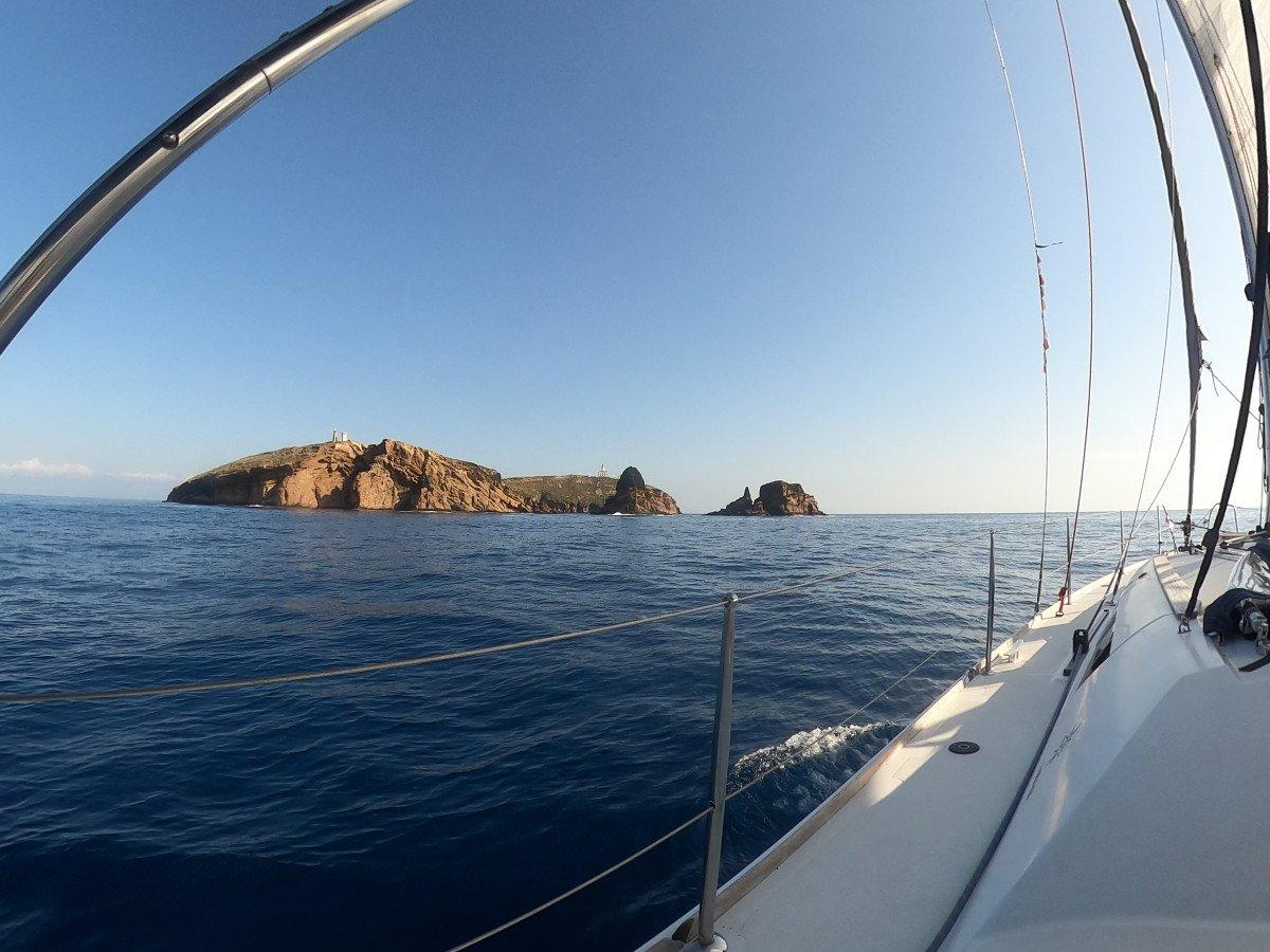 Fin de semana en velero de Valencia a Columbretes