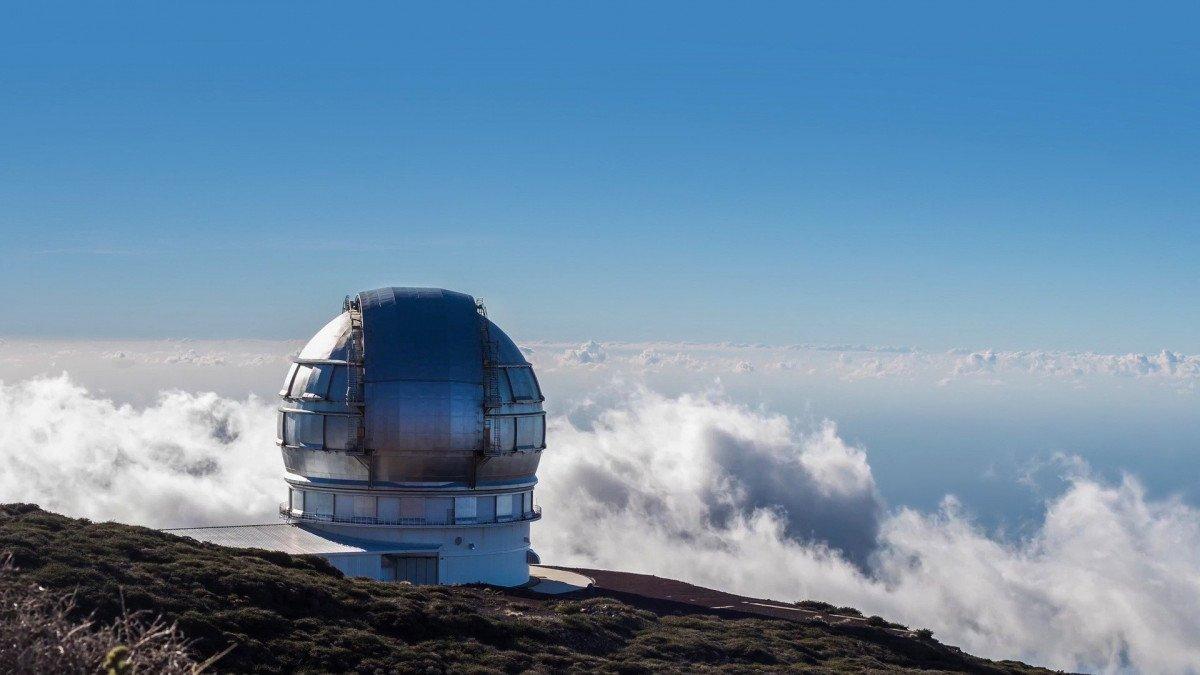 Islas Canarias. Navegación entre islas y trekking entre volcanes
