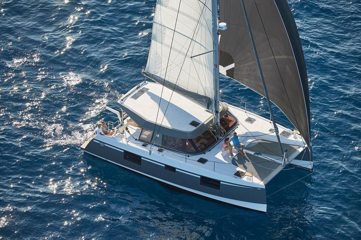 Day Charter en catamarán Nautitech 40.1 - Barcelona