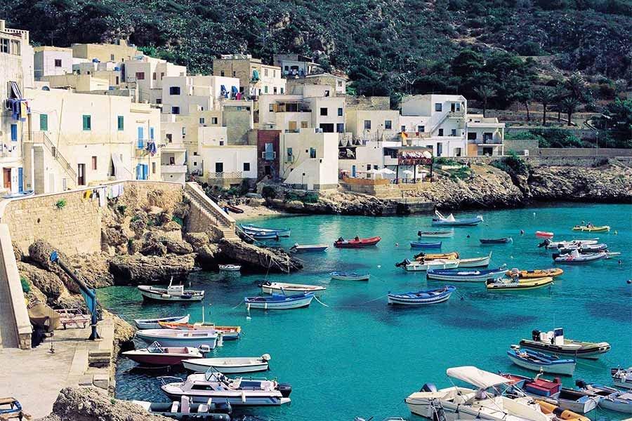 Viaje en velero por las islas Égadas
