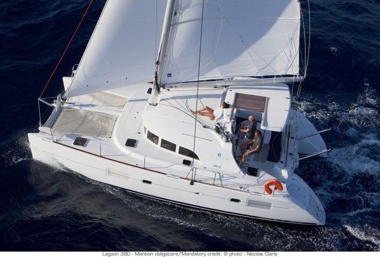 Prácticas de PER de seguridad y navegación en Marbella