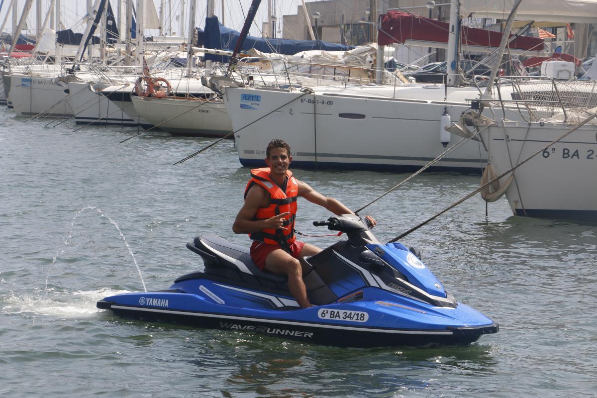 Jet Ski (moto de agua) para 2 personas en Barcelona