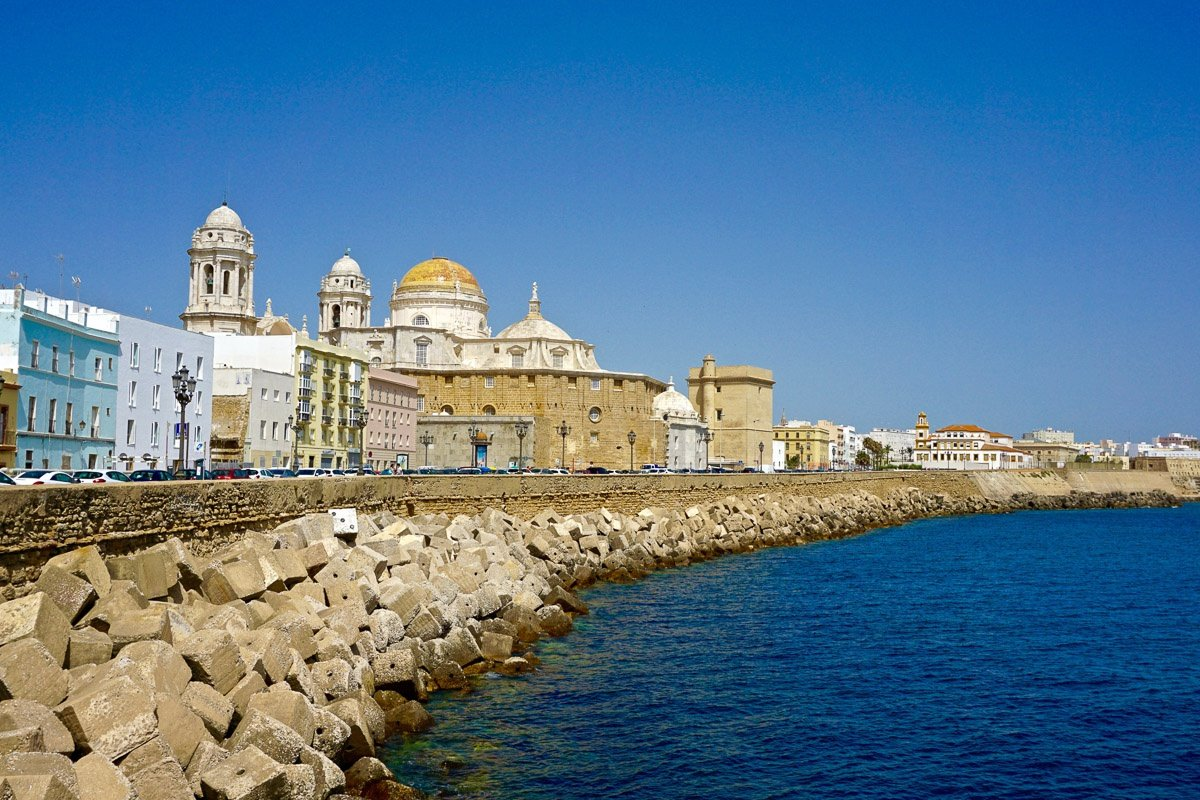 Prácticas de habilitación a vela en Cádiz