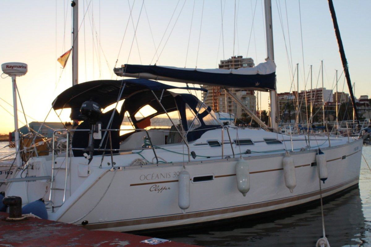 Prácticas de Navegación, habilitación a vela en Valencia