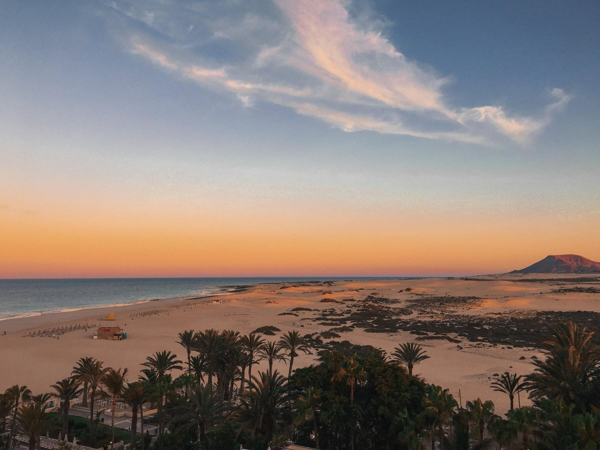 Puesta de sol con aperitivos en Fuerteventura