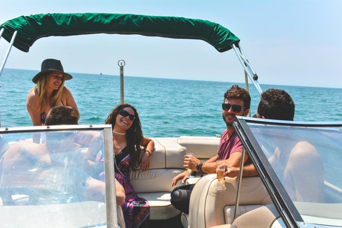 Paseo en barco por la Costa Brava
