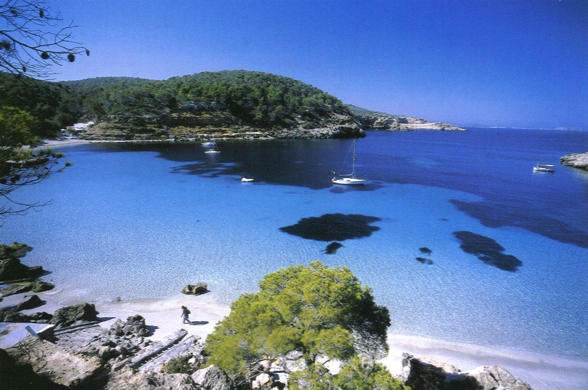 Vacaciones en velero a Ibiza-Formentera desde Puerto Garraf