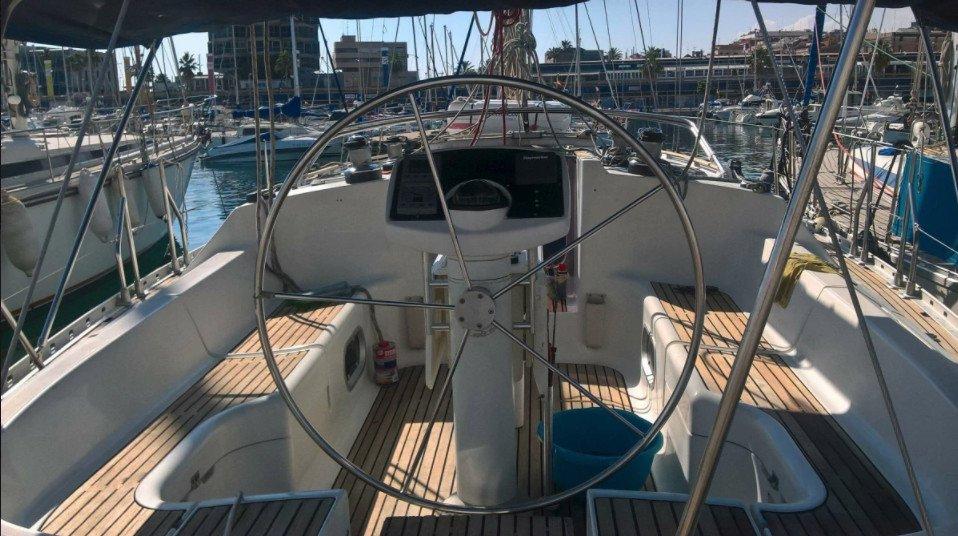 Navega 5 días en exclusiva desde Alicante a bordo de un velero